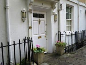 Haustüren mit wenig Schutz